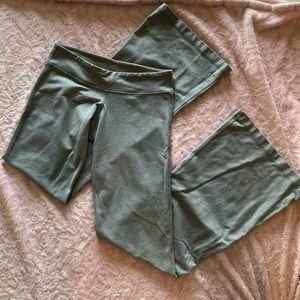 lululemon grey wide leg yoga pants size 6
